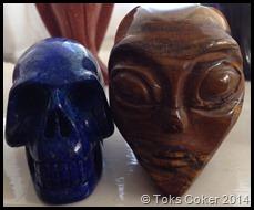 red jasper alian and lapiz lazuli skull